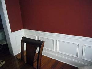 10 gorgeous wainscoting projects that you want in your for Kitchen colors with white cabinets with split wall art