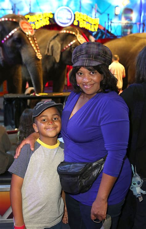 chandra wilson  son attend ringling bros circus xtreme