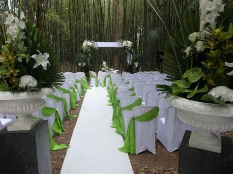 chaise mariage différents types de housses et nœuds de chaises mariage