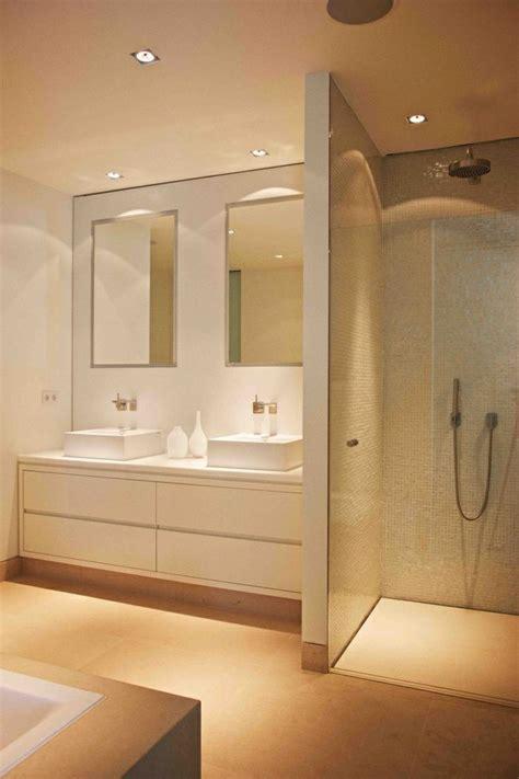 étagere salle de bain id 233 e d 233 coration salle de bain salle de bain beige