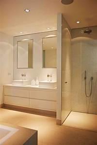 Idee decoration salle de bain jolie salle de bain beige for Salle de bain design avec image encadree décoration
