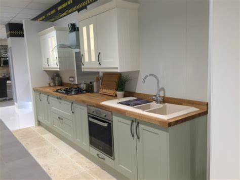 We're so imPREST  with our new showroom!   Wren Kitchens
