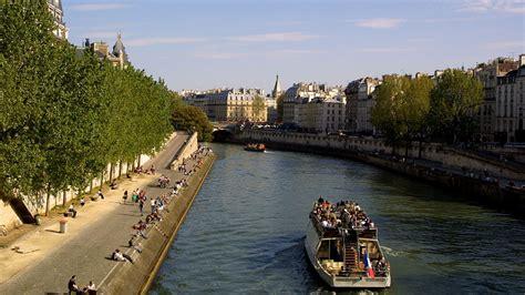La Seine Entre L'île De La Cité Et La Rive Gauche