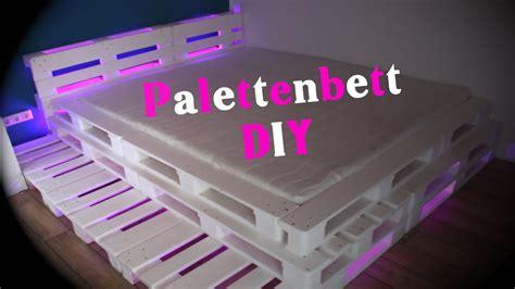 palettenbett mit lattenrost palettenbett mit led beleuchtung diy jbtv