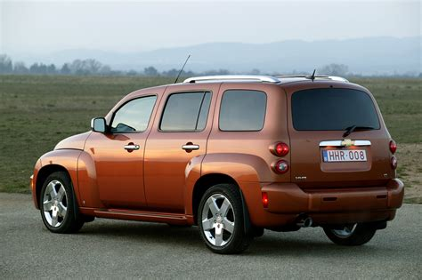 chevrolet hhr picture  car review  top speed