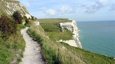 Day Trip to Canterbury & The White Cliffs of Dover (Bank ...