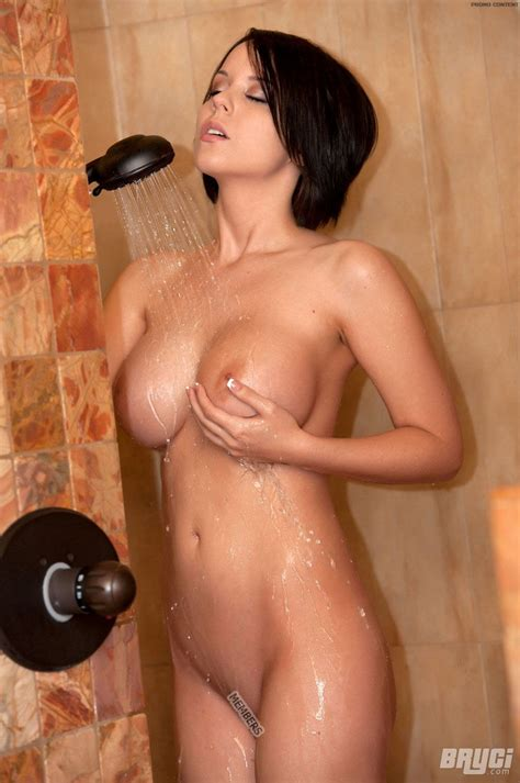 Bryci Takes Us In The Shower So We Can See Her Big Fake Tits All Wet Xbabe