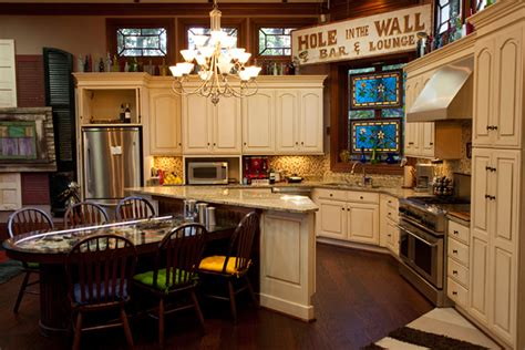real s kitchen kitchen during filming of the real world nola hooked on