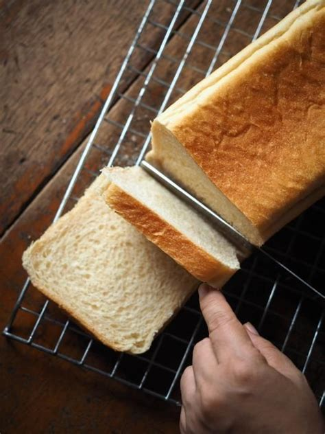 There's nothing like the homemade fragrance floating via my cooking area as it cooks. Basic White Bread - Large 2 Lbs. | Food processor recipes, Bread, Cuisinart bread maker recipe