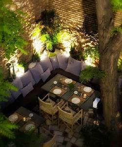 5 idees d39eclairage table de jardin a piquer deco cool With eclairage exterieur maison contemporaine 5 lumiare exterieur pour jardin terrasse et balcon un jeu