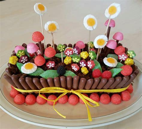 gateau chocolat deco bonbon