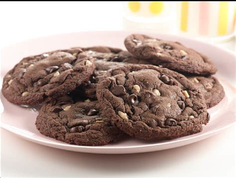 recipe chocolate chocolate chip toffee cookies duncan