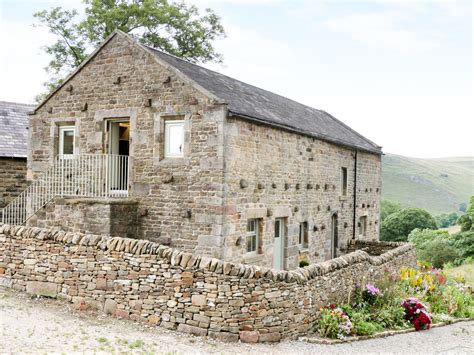 Curlew  Dog Friendly Cottage In Longnor  Peak District