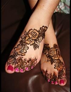 Latest Rose Flower Style Mehndi Designs For Girls 2017 ...