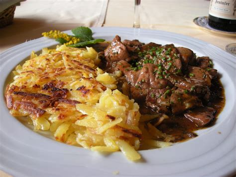 plats cuisine plat typiquement suisse photo image arts de la cuisine