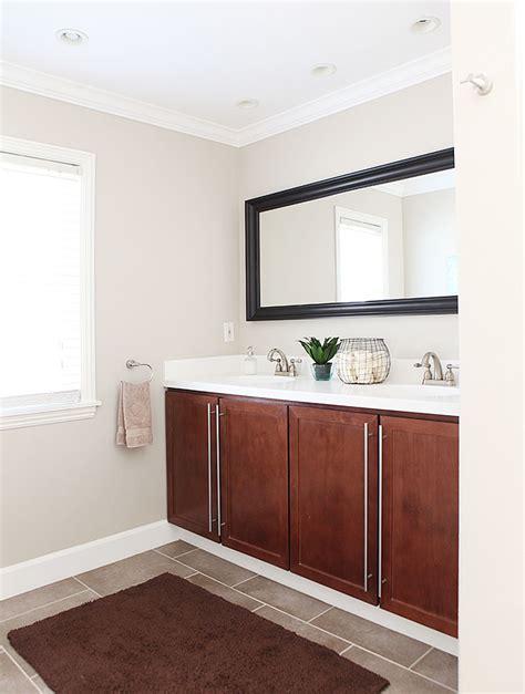 Medium Size Bathroom Designs And Medium Size Bathroom Medium Sized Bathroom Make