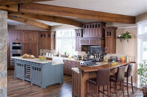 crown point kitchen cabinets 17 best ideas about mission style kitchens on 6309