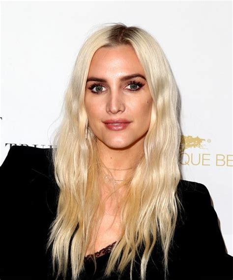 ashlee simpson hairstyles hair cuts  colors