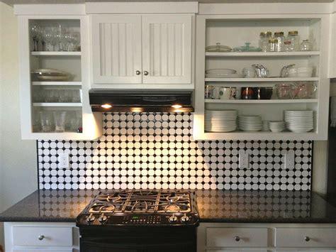 como transformar cocinas pequenas  pintura