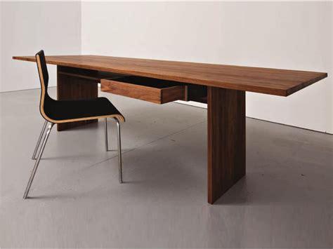table bureau but table bureau en bois areal by sanktjohanser design