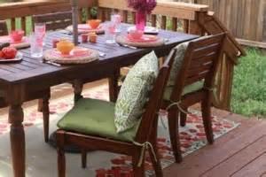 Schimmelflecken Aus Stoff Entfernen : stockflecken so entfernen sie schimmelflecken aus textilien und polster ~ Orissabook.com Haus und Dekorationen