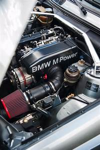 Three of the Best - E30 M3 versus E30 333i and E30 325iS