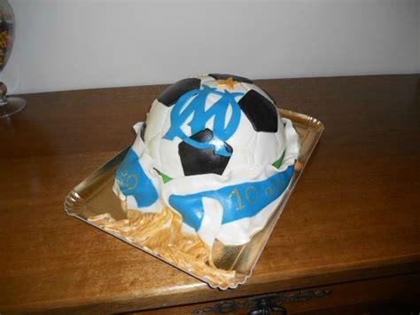 gateau special fan de l om en p 226 te 224 sucre forma ballon de foot g 226 teaux f 233 eriques de sylvie