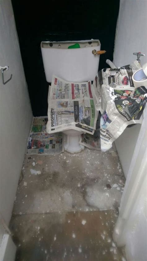 removing a toilet to tile it without breaking the