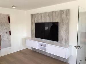 Kommode Für Fernseher : tv wand xxl in betonoptik f r kunden in solingen tv wall by luxframes die tv wand aus ~ Frokenaadalensverden.com Haus und Dekorationen
