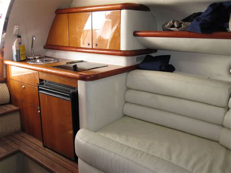 Sunseeker Superhawk 34 Boat For Sale by 2003 Used Sunseeker Superhawk 34 High Performance Boat For