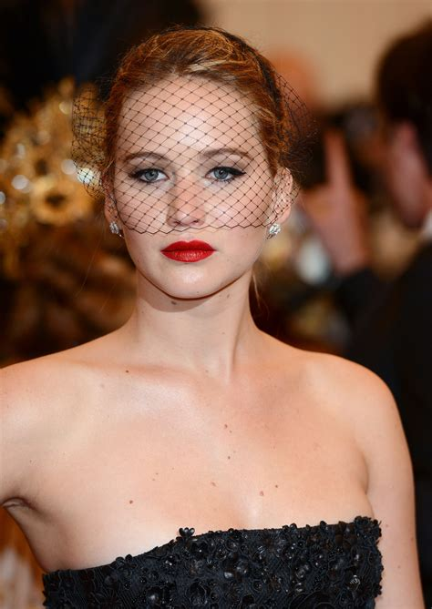 Jennifer Lawrence 50 Reasons Red Lipstick Will Never Go