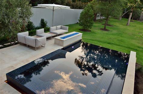 modern infinity edge pool spa
