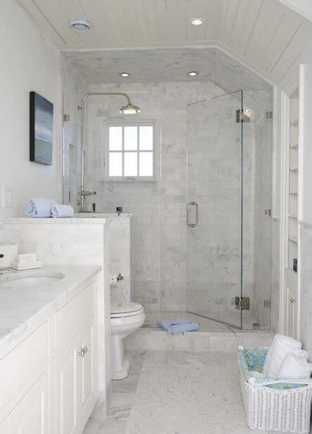 Small Master Bathroom Ideas Pinterest  Bathroom Decor