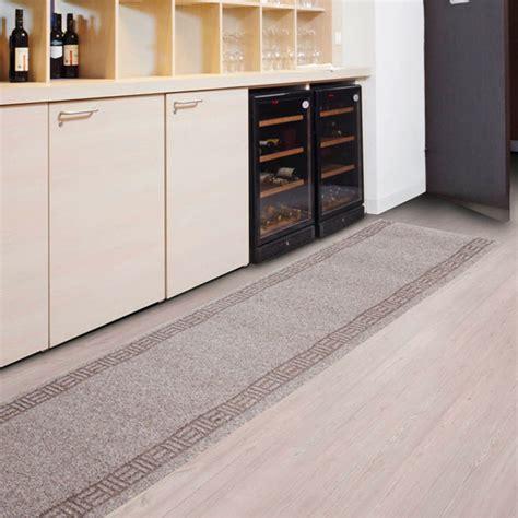 tapis de cuisine orange tapis cuisine sur mesure amortissant résistant sur mesure beige tapistar fr