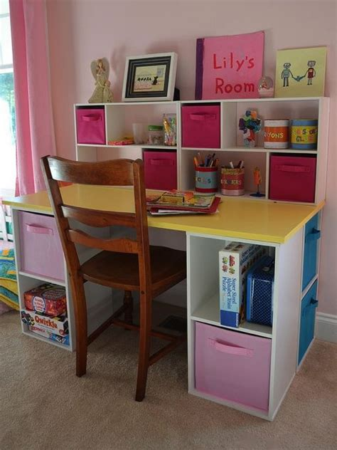 Toddler Desk With Storage by 25 Best Ideas About Kid Desk On Desk