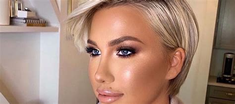 Savannah Chrisley Goes Topless Ditches Pants In Series