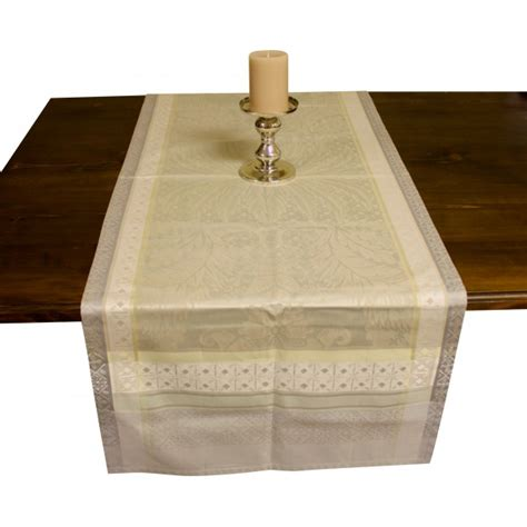 french jacquard table runner french table runner garnier thiebaut isaphire platine