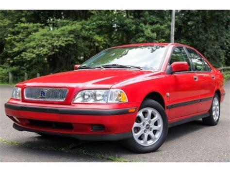 purchase   volvo  turbo  miles serviced auto