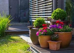 Terrassengestaltung Ideen Beispiele : terrassengestaltung beispiele helfen der individuellen zusammenstellung ~ Frokenaadalensverden.com Haus und Dekorationen