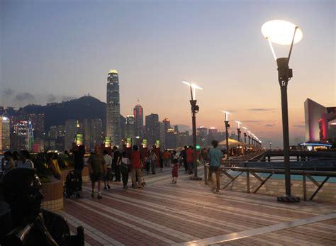 mari berkunjung  avenue  stars wisata hong kong
