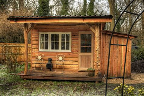 garden cabin garden cabin roundwood design
