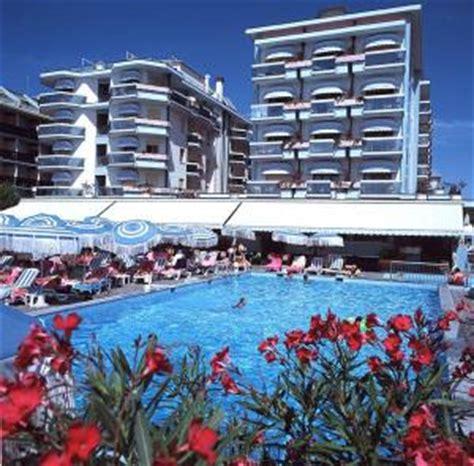 monaco strand hotel hotel monaco quisisana in lido di jesolo italy lets book hotel
