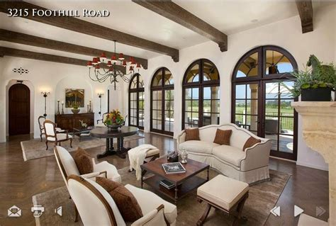 Spanish Colonial-living Room