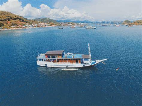 paket komodo sailing trip dn penyedia paket wisata