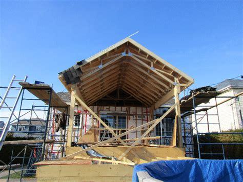 renovation cuisine professionnelle construction d une terrasse avec toiture cathédrale