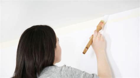comment peindre un plafond sans traces comment peindre un plafond tach 233 peintures de couleurs pour les int 233 rieurs et les ext 233 rieurs