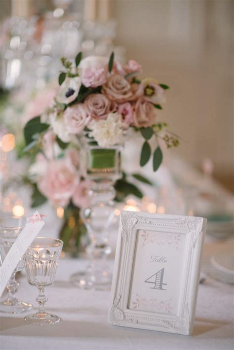 une decoration de mariage romantique  chic avec une