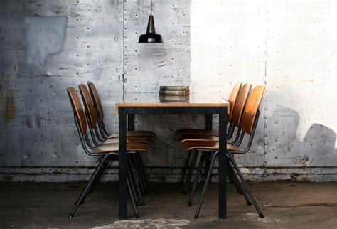 industrieel vintage eettafel strak zwart hout marko jaren