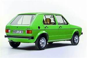 Volkswagen Golf 1 : vw remembers its first diesel powered golf we compare it ~ Melissatoandfro.com Idées de Décoration