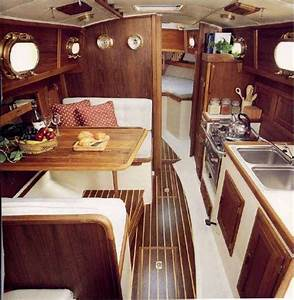Small sailboat interior ideas decoratingspecialcom for Interior decorating ideas for boats
